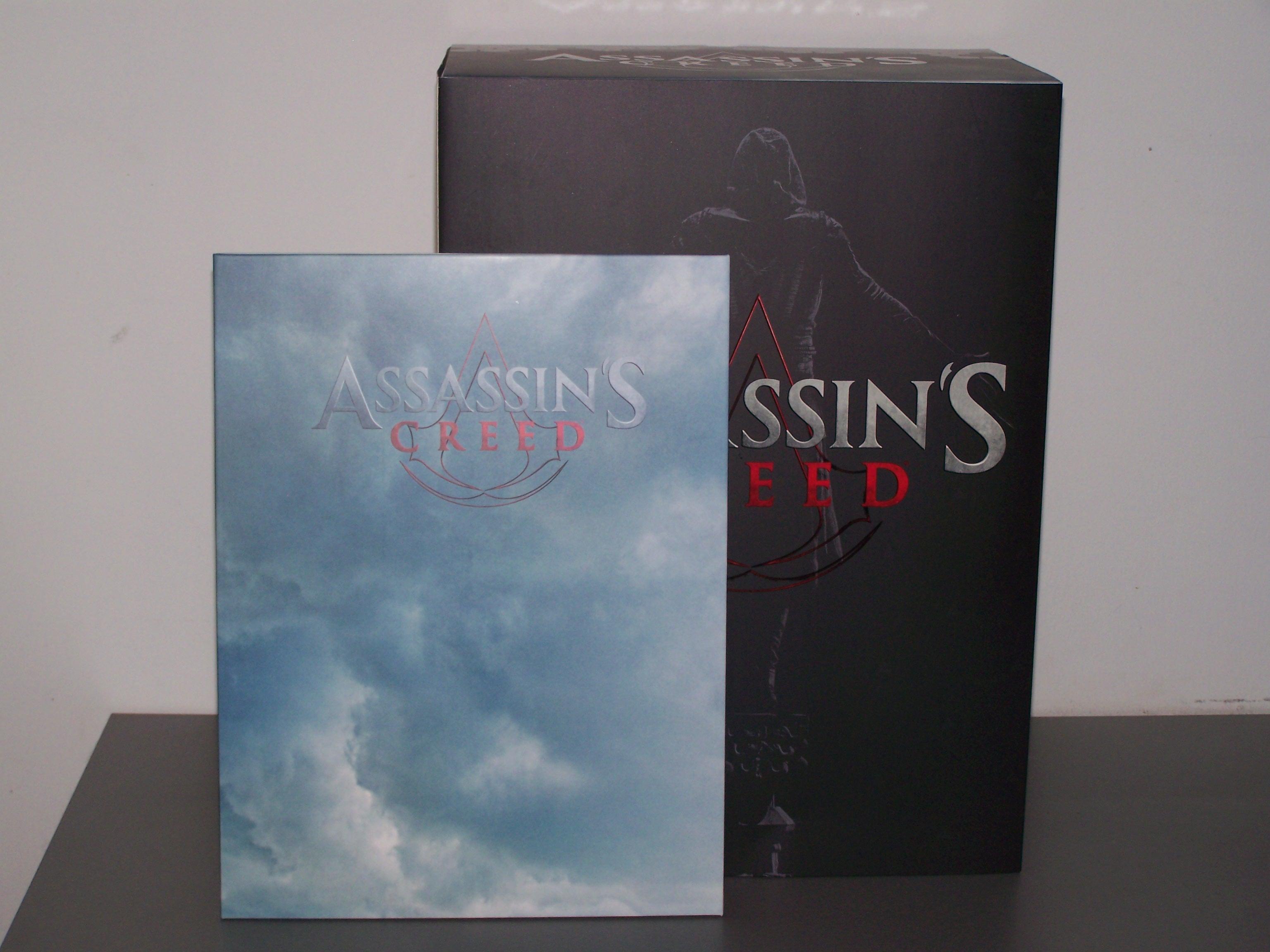 Packaging de la figurine d'Aguilar + les lithographies du film